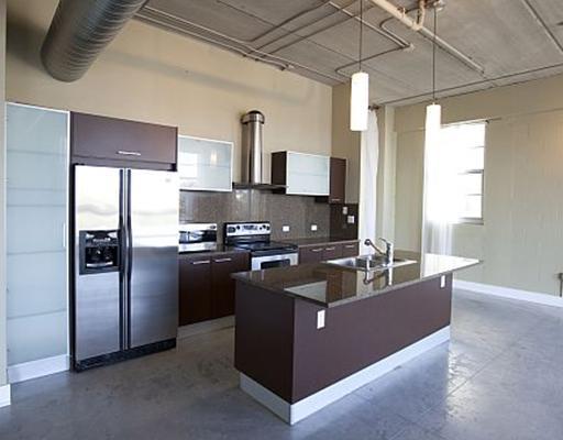 Avenue Lofts Fort Lauderdale - Kitchen