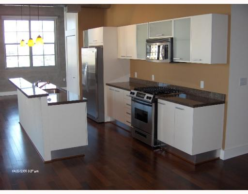 Foundry Lofts Fort Lauderdale - Kitchen