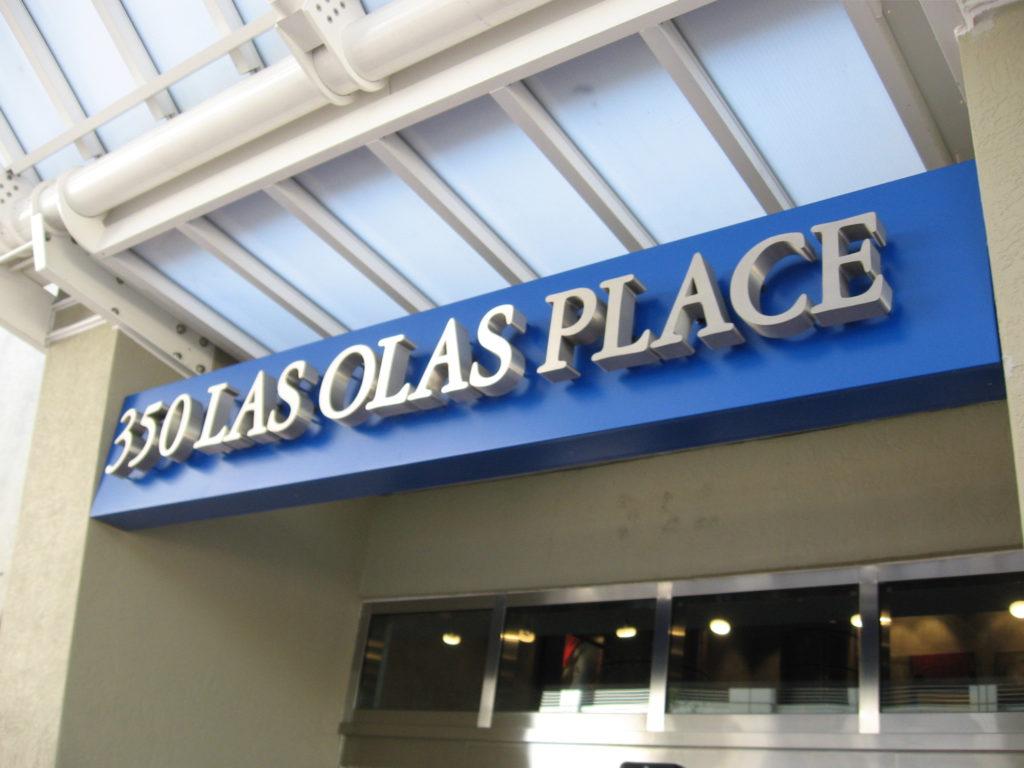 350 Las Olas Place Fort Lauderdale - Front of Building