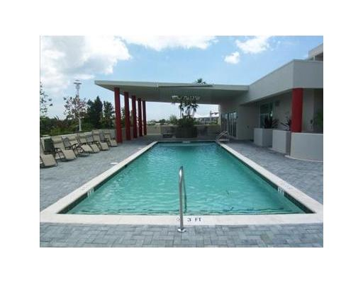 Island City Lofts Wilton Manors - Pool