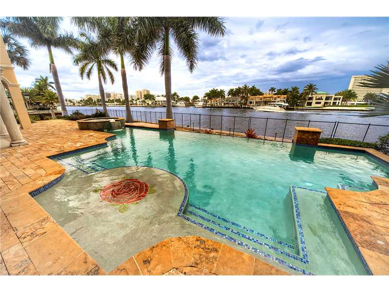 Fort Lauderdale Luxury Waterfront Homes - Pool and View
