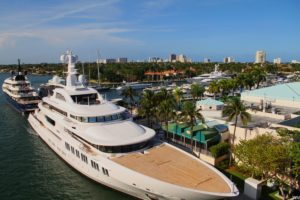 Fort Lauderdale Waterfront Homes | International Boat Show - Yacht