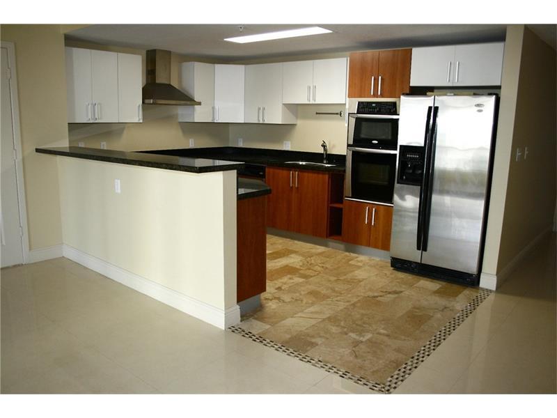 170 SE 14th Street #2201 - Kitchen