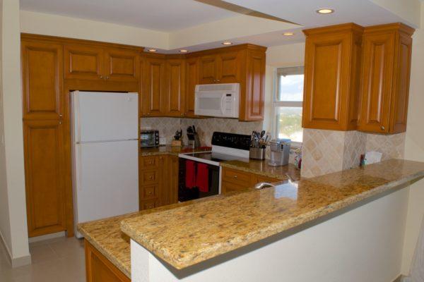 Pompano Beach Condo - Tiffany Gardens 706 Kitchen