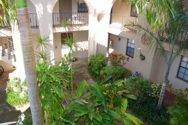 Wilton Manors townhome - Courtyard
