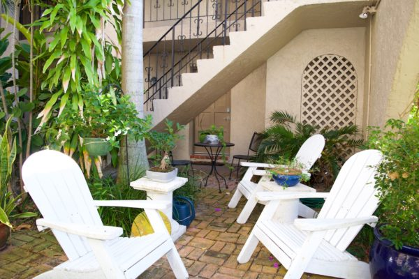 Wilton Manors townhome - Courtyard Sitting