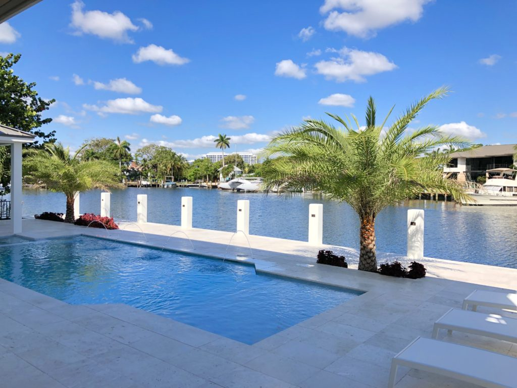 Fort Lauderdale - Pool and Waterfront
