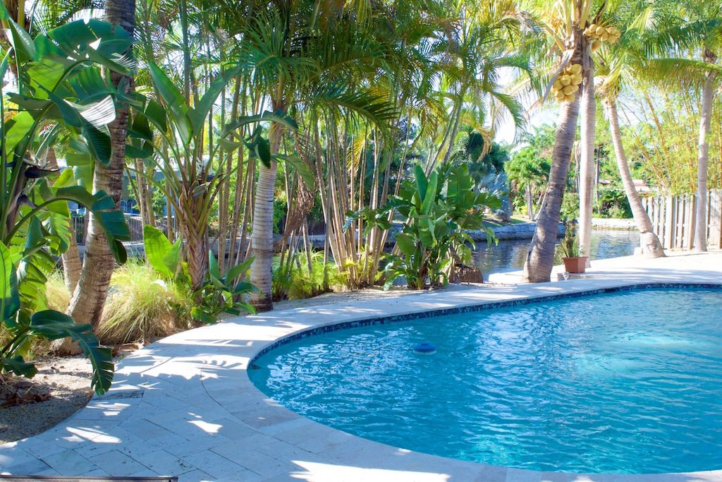 Coral Heights Backyard Waterfront