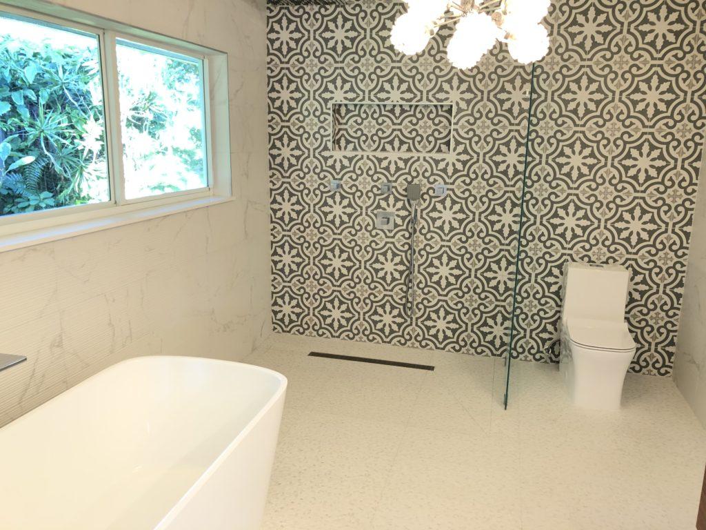 2716 NE 37th Drive - Shower