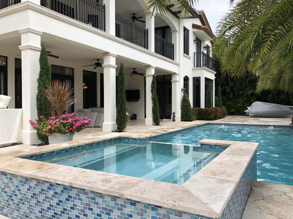 Fort Lauderdale Waterfront Home - Pool and Spa